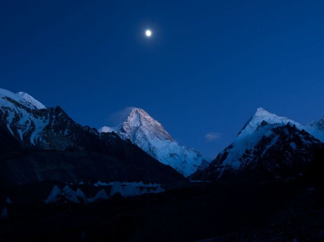 k2-north face-moonlight