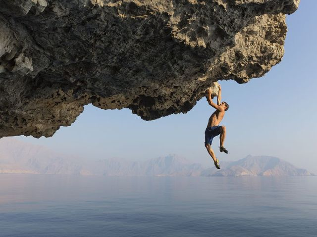 cliff climber alex honnold-musandam peninsula-oman-jimmy chin