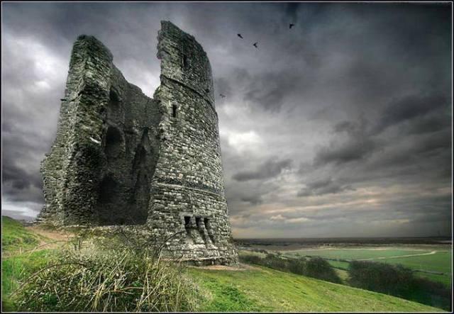 hadkeigh castle-essex-uk-colin carron