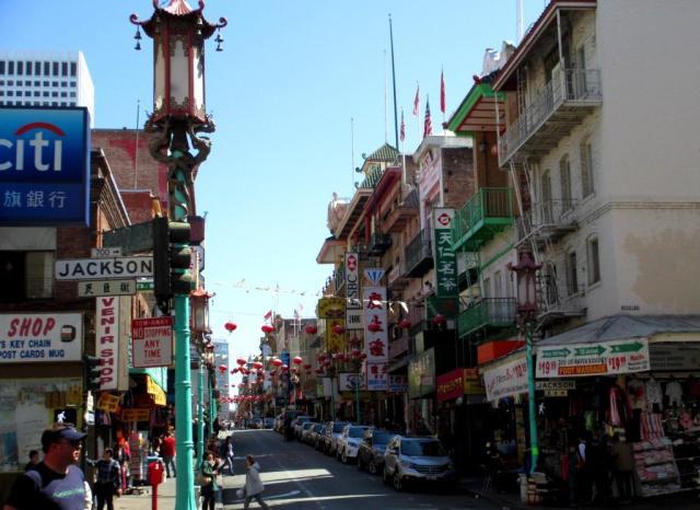 chinatown-lanterns-st scene