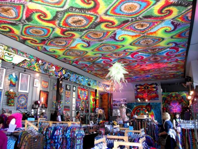 haight-tie dye ceiling