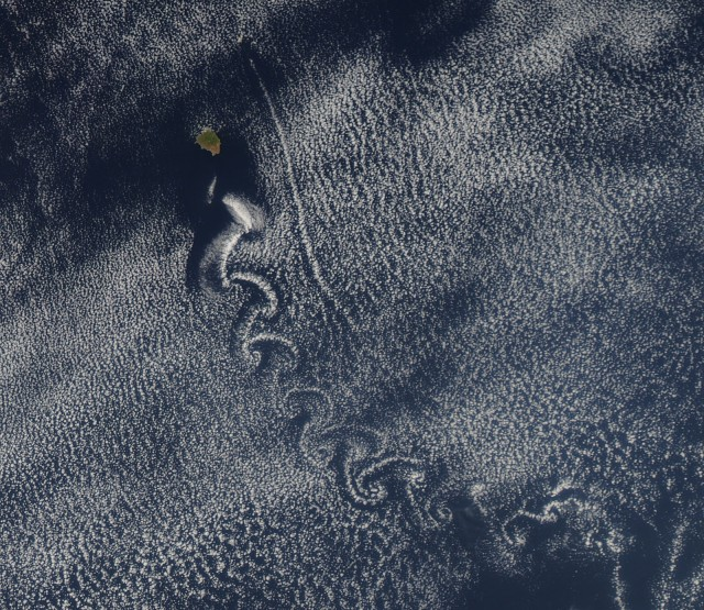 isla socorro-pacific-von karman vortices-nasa