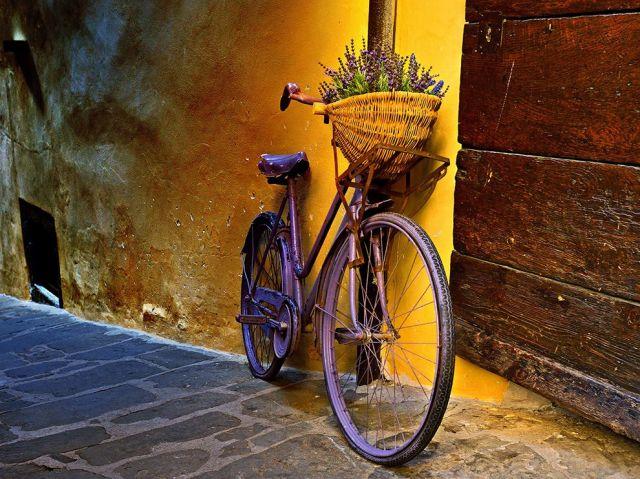 bicycle-tuscany-italy_Jeff Berkes