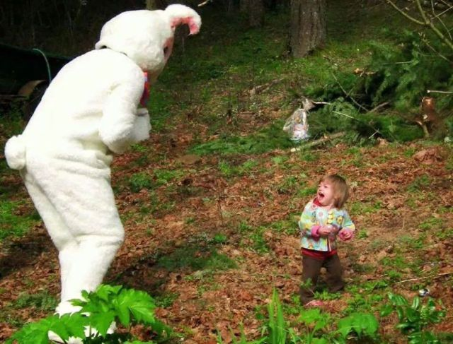 easter-easter bunny terrifies kid