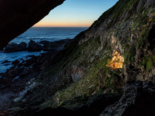 blombos cave-100k yr old archaeology-africas so tip_Stephen Alvarez