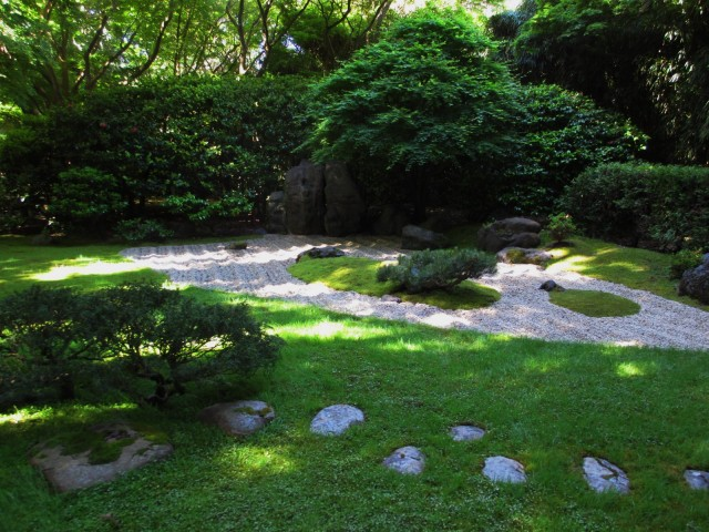 japanese garden-zen garden1