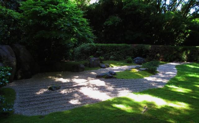 japanese garden-zen garden2