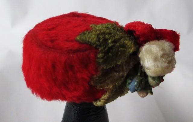 red fur pillbox w-flowers1