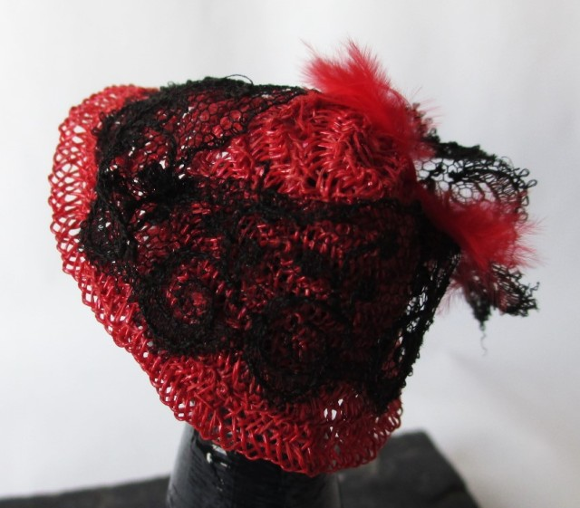 red straw black lace red feather1