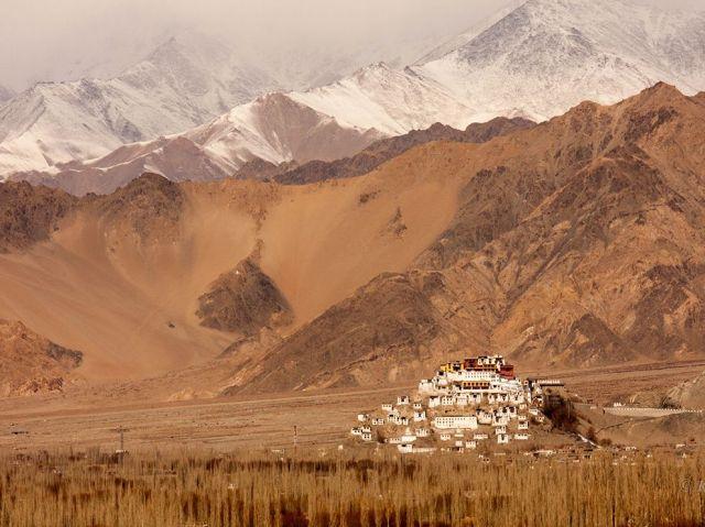 thikse gompa-tibetan buddhist monastery-11800 ft-no. himalayas-ladakh region-india_Kavya Reddy