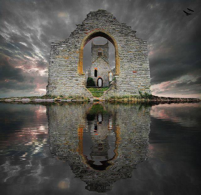 castle-ruins-s-howse