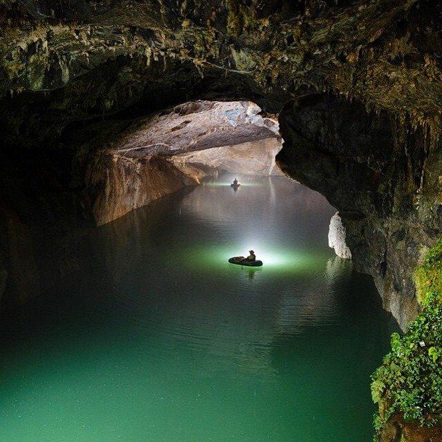 cave-yunnan-china_r-deboodt