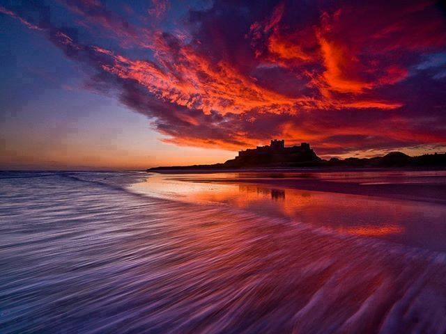 sunrise-bamburgh-england