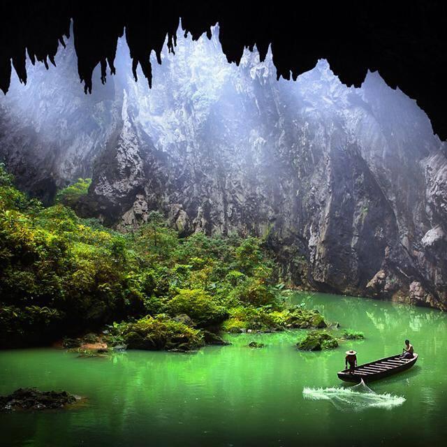 corridor-of-stone-peaks-yingxi-china