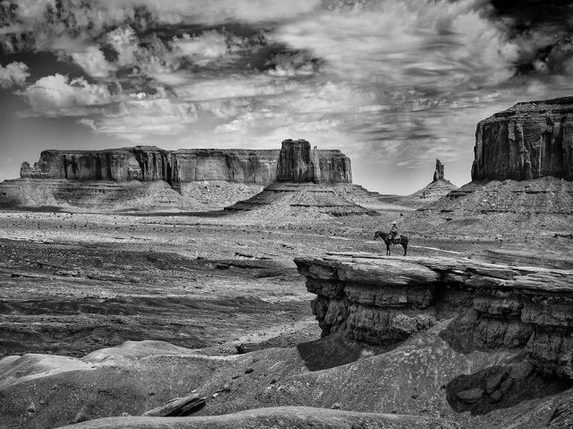 cowboy-monument-valley_carlo-mogavero